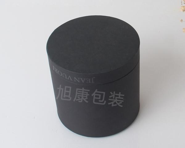 黑色平口圆筒